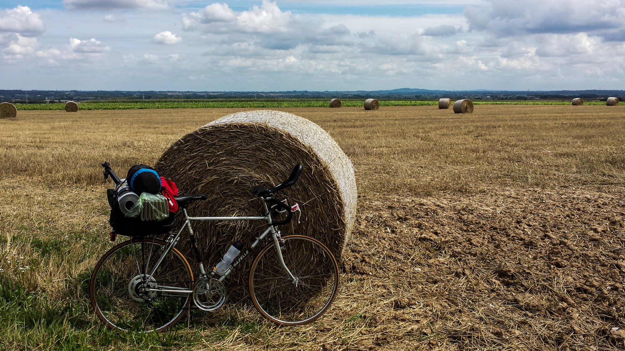 cycle in farm next to roll, france
